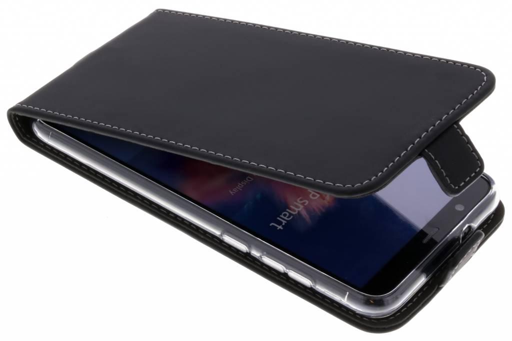 Accezz Schwarzer Flip Case für das Huawei P Smart