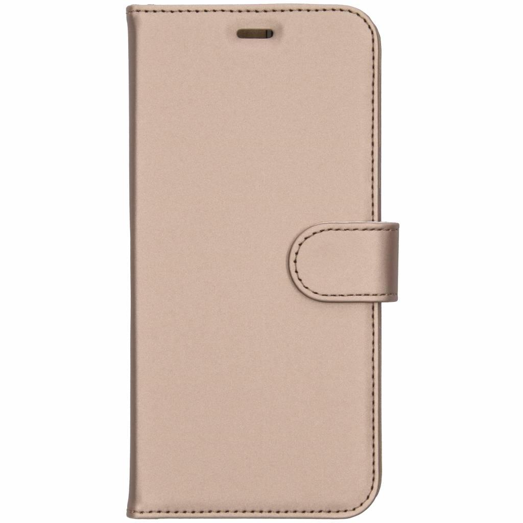 Accezz Wallet TPU Booklet Gold für das Samsung Galaxy J6 Plus