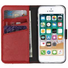 Selencia Echtleder Booktype Hülle Rot für iPhone 5 / 5s / SE