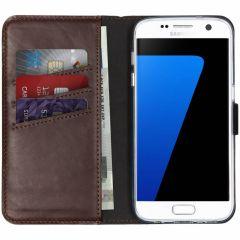 Selencia Echtleder Booktype Hülle Braun für Samsung Galaxy S7