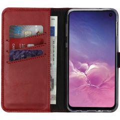 Selencia Echtleder Booktype Hülle Rot für das Samsung Galaxy S10e