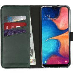 Selencia Echtleder Booktype Hülle Grün für Samsung Galaxy A20e