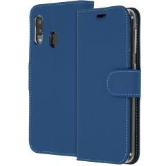 Accezz TPU Booklet Dunkelblau für das Samsung Galaxy A20e