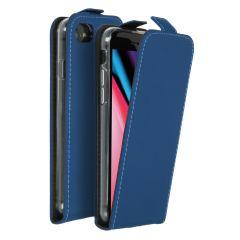 Accezz Flip Case Blau für das iPhone SE (2020) / 8 / 7