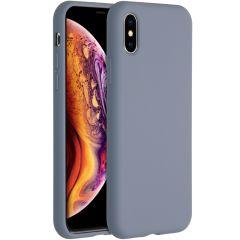 Accezz Liquid Silikoncase für das iPhone Xs / X - Lavender Gray