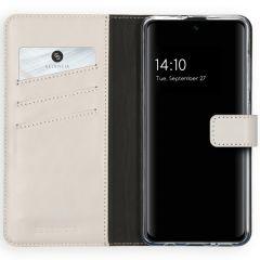 Selencia Echtleder Booktype Hülle Hellgrau für das Samsung Galaxy A51