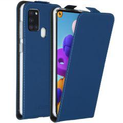 Accezz Flip Case für das Samsung Galaxy A21s - Blau