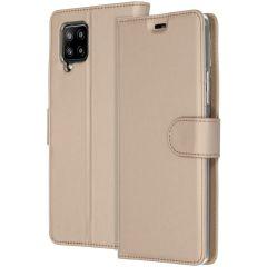 Accezz Wallet TPU Booklet für das Samsung Galaxy A42 - Gold