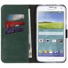 Selencia Echtleder Booktype Hülle Grün für Galaxy S5 (Plus) / Neo
