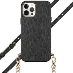 Selencia Aina Hülle aus Schlangenleder mit Band iPhone 12 Pro Max