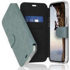 Accezz Xtreme Wallet für das iPhone 12 (Pro) - Hellblau