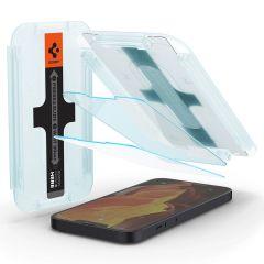 Spigen GLAStR Fit Displayschutzfolie  + Applicator für das iPhone 13 Mini